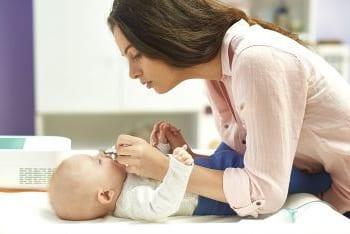 Nasensauger Test Mutter Baby